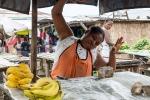12 Madagaskar Marktfrau