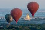 Ballon over Swezigon Pagoda